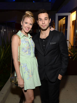 Anna Camp and Skylar Astin: The Pitch Perfect Couple Reunites on TBS's Ground Floor!