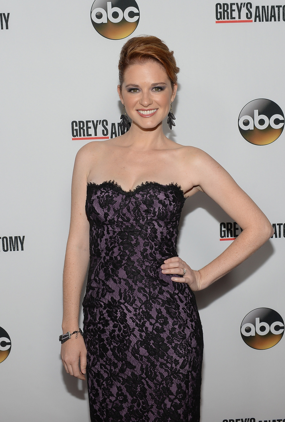 Grey's Anatomy's Sarah Drew Releases Christmas Album With Her Band!