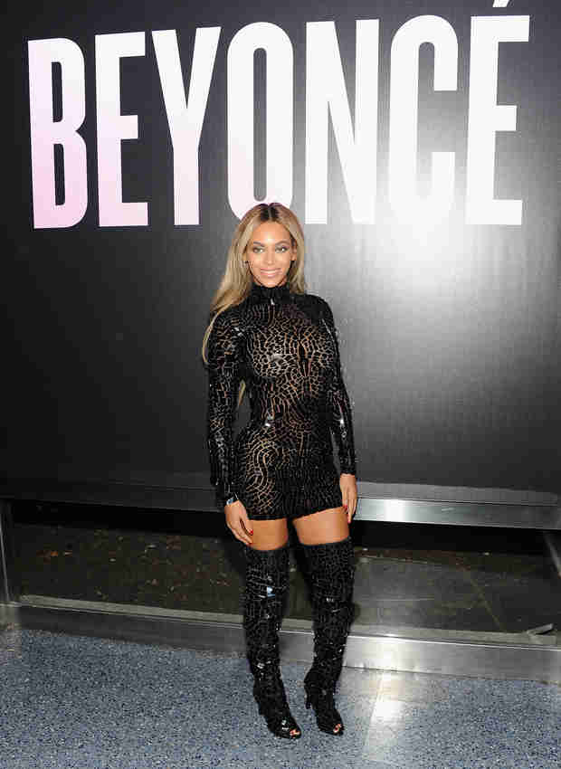 Beyonce Shares Adorable New Photo of Blue Ivy — Someone Discovered Her Feet!