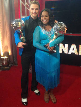 Amber Riley Thanks Fans for DWTS Win With Holiday Concert