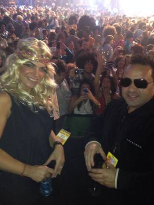 Teresa Giudice Wears Blonde Wig — at World's Largest Disco With Juicy Joe!