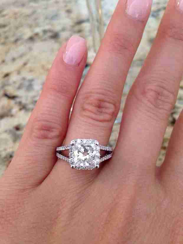 "Mike ""The Situation"" Sorrentino's Sister Gets Engaged: See Her Huge Ring! (PHOTO)"