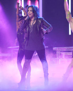 Demi Lovato Hated Her Thanksgiving Night X Factor Performance!
