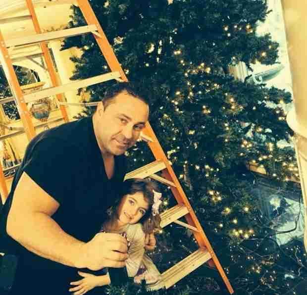 Adorable Photos: Joe, Audrina Giudice Celebrate Their Christmas Tree