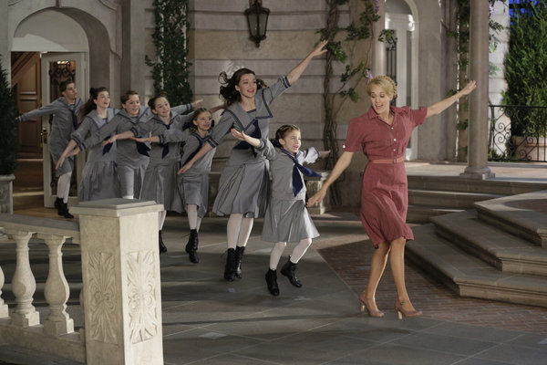 The Sound of Music Live: Von Trapp Family Wanted Anne Hathaway Instead of Carrie Underwood