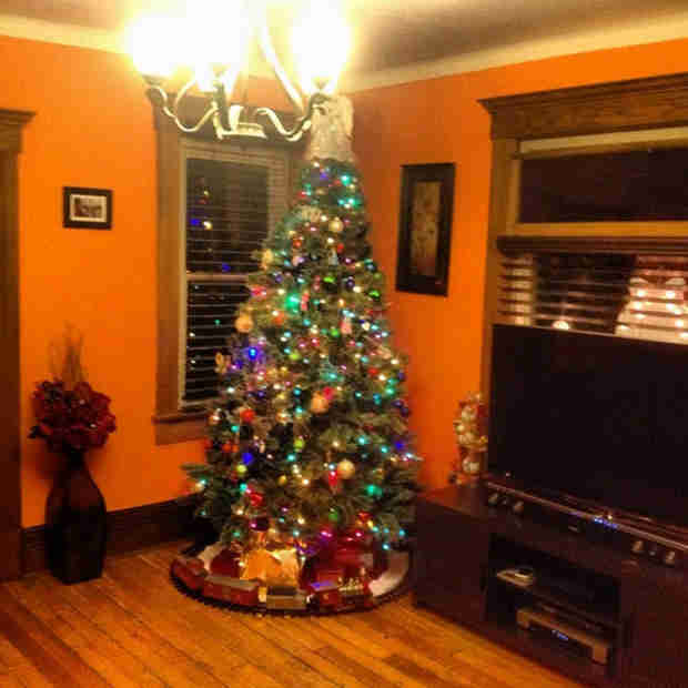 Catelynn Lowell and Tyler Baltierra's Christmas Tree Is Amazing — Check It Out (PHOTO)