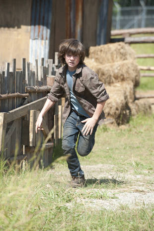 "The Walking Dead Season 4: Carl Has to ""Step Up Quite a Bit"""