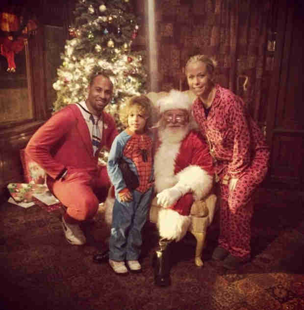 See Pregnant Kendra Wilkinson and Family in Cute Holiday Photo With Santa
