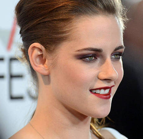 Kristen Stewart is Named the New Face of Chanel