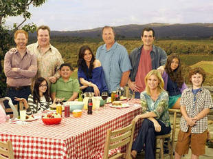 Writers Guild TV Nominations: Modern Family and Breaking Bad Dominate