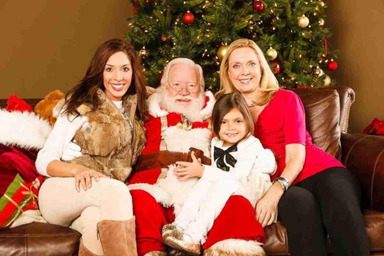 Farrah Abraham and Daughter Sophia Pose With Santa (PHOTO)