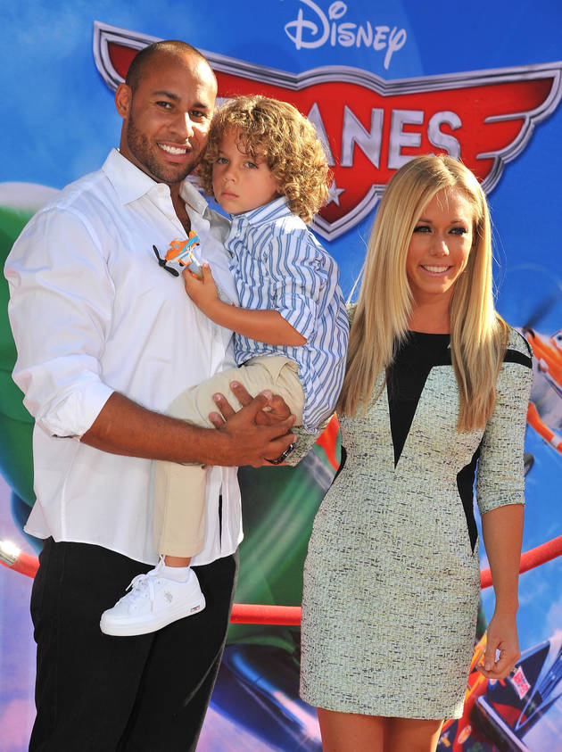 Kendra Wilkinson Reveals Sex of Second Baby — It's a…