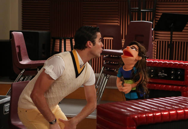 "Logic Fails in Glee Season 5, Episode 7: ""Puppet Master"""