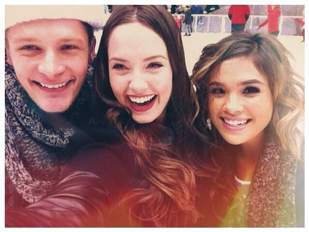 Ravenswood Cast Goes Ice Skating at Rockefeller Center — Adorable Alert! (PHOTO)
