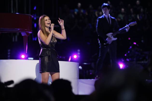 Watch Jacquie Lee Sing on The Voice 2013 Live Shows, Dec. 16, 2013 (VIDEO)