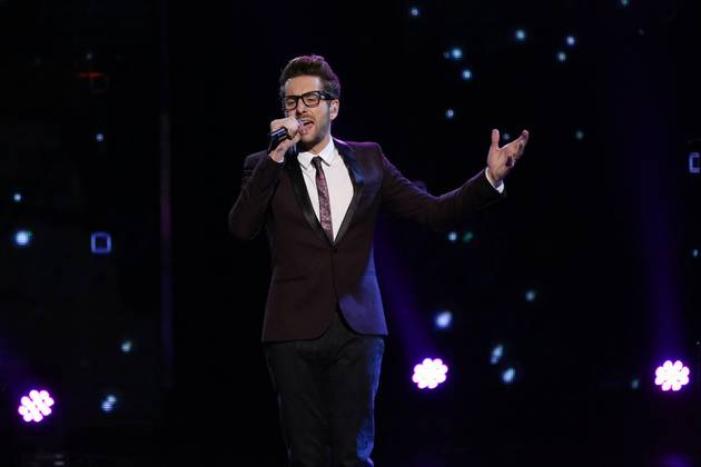 Watch Will Champlin Sing on The Voice 2013 Live Shows, Dec. 16, 2013 (VIDEO)
