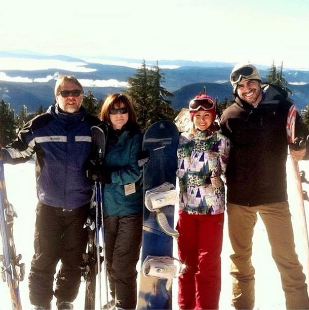 Roberto Martinez Spends Christmas With Girlfriend Sara Underwood's Family