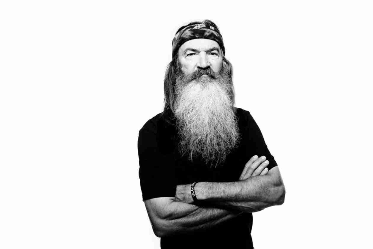 "Duck Dynasty's Phil Robertson Advises Men to Marry ""Girls When They Are About 15 or 16″ (VIDEO)"