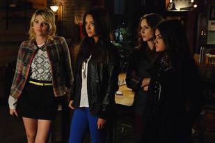Pretty Little Liars: [SPOILER] Ship Will Kiss in Season 3, Episode 20