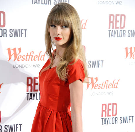 What's Taylor Swift Doing For Valentine's Day 2013?