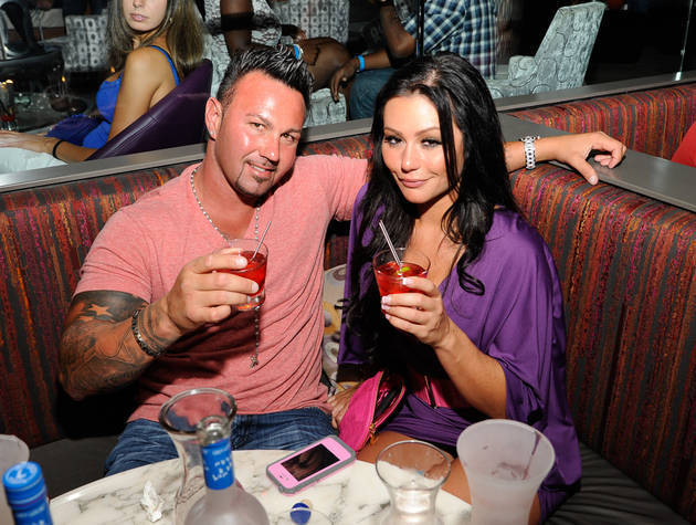 JWOWW Reveals That She and Roger Met Way Back in Season 1!