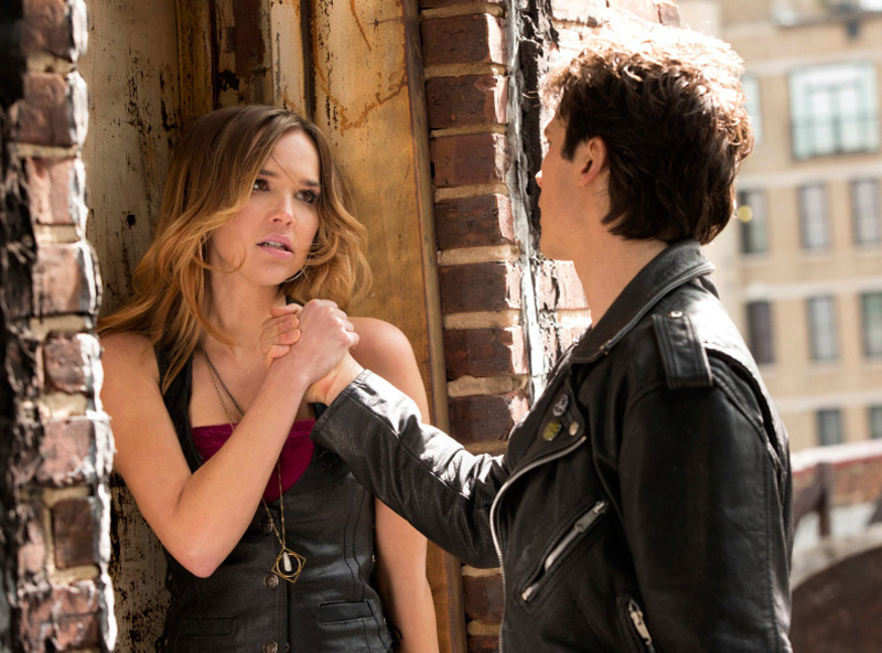 Is Vampire Diaries New Tonight, March 21, 2013?