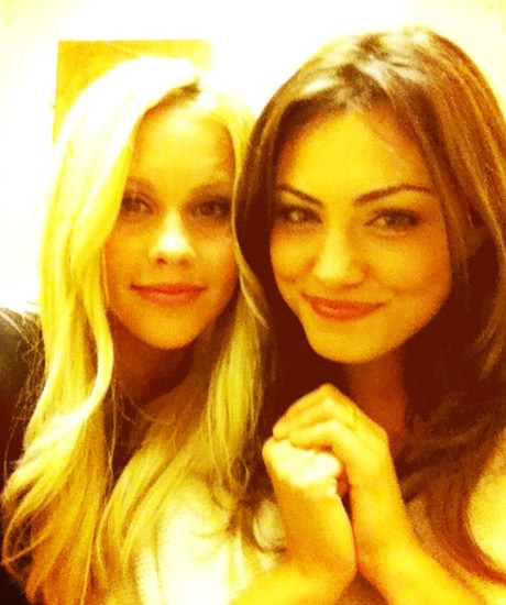 Claire Holt And Phoebe Tonkin Best Friends