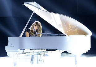 American Idol 2013: Watch All the Top 6 Performances From 4/10/2013