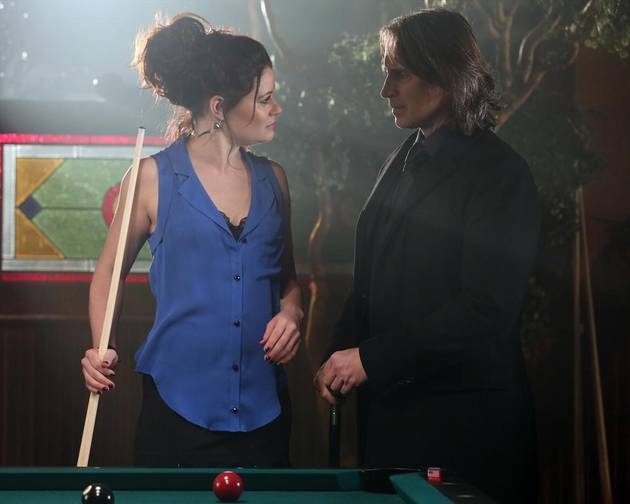 "Once Upon a Time Season 2 Spoilers: Rumbelle's ""Conundrum"" in Episode 19"