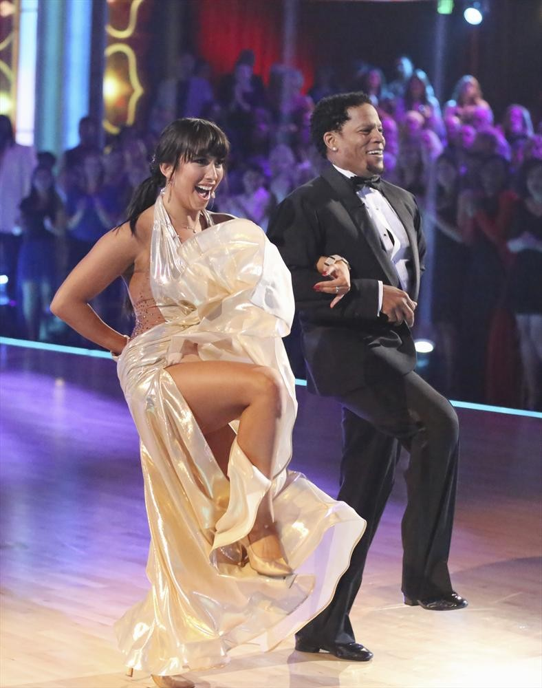 Why Did D.L. Hughley Go Home on Dancing With the Stars 2013 Week 5?