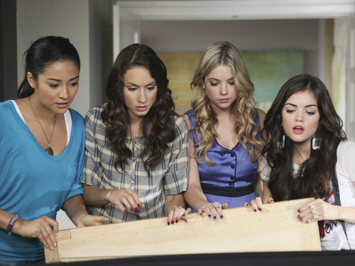 Pretty Little Liars Spoilers: Surprising Character Interactions in Season 4