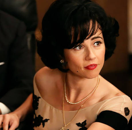 Linda Cardellini Is Don Draper's Surprise New Mistress on Mad Men Season 6