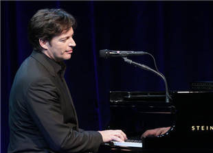 American Idol Spoilers: Will Harry Connick, Jr. Be a Judge In 2014?