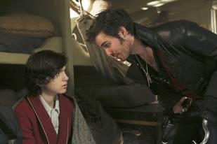 Once Upon a Time Finale Sneak Peek: Hook's Plan for Baelfire (VIDEO)