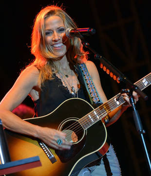 Sheryl Crow to Perform on The Voice 2013 on May 28, 2013