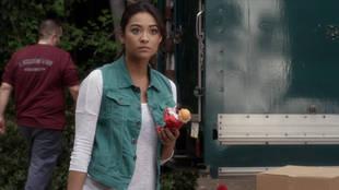 Pretty Little Liars Premiere Sneak Peek: [SPOILER] Is Back in Rosewood (VIDEO)