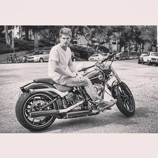 Pretty Little Liars Star Keegan Allen Shows Off Hot New Ride (PHOTO)