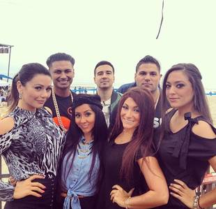 Jersey Shore Cast Reunites in Seaside! Reunion on the Today Show (PHOTOS)