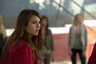 What Happened to Elena in The Vampire Diaries Season 4?