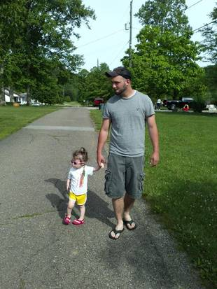 Aliannah Simms Walks Around the Neighborhood Over Memorial Day Weekend (PHOTO)