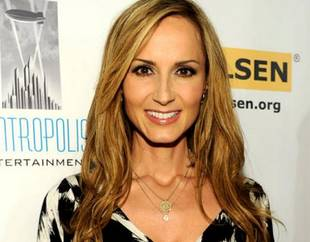 Chely Wright's Twin Boys Arrive Early! Here Are Their Names