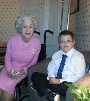 Helen Mirren Dressed As Queen Elizabeth Grants Wish Of Dying Boy