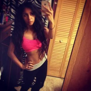 Snooki Shows Off Sexy, Flat Tummy on Instagram