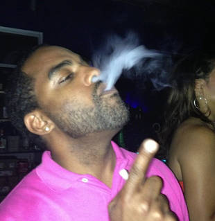Todd Tucker Smokes $1,000 Hookah (PHOTO)