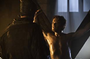 Game of Thrones Season 3: Alfie Allen on Working With Iwan Rheon