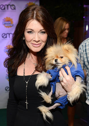 Lisa Vanderpump Feuds With Tabloid Over Cardboard in Salad Claims