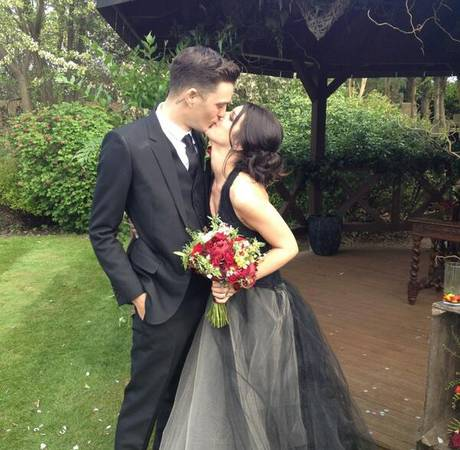 Shenae Grimes Is Married! Look at Her Black Wedding Dress (PHOTO)
