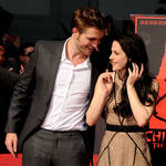 Kristen Stewart Upset That Rob Pattinson Takes Her For Granted: Report