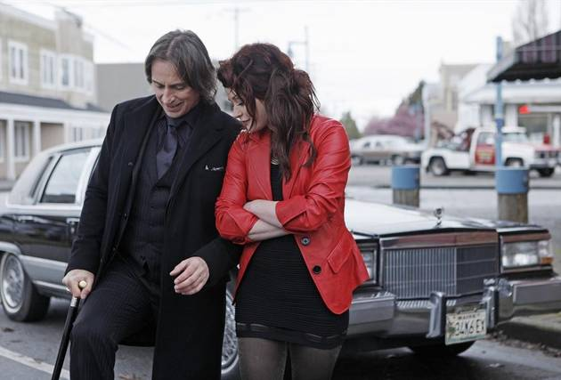 Once Upon a Time Spoilers: Will We See Rumple and Belle Together in Season 3?