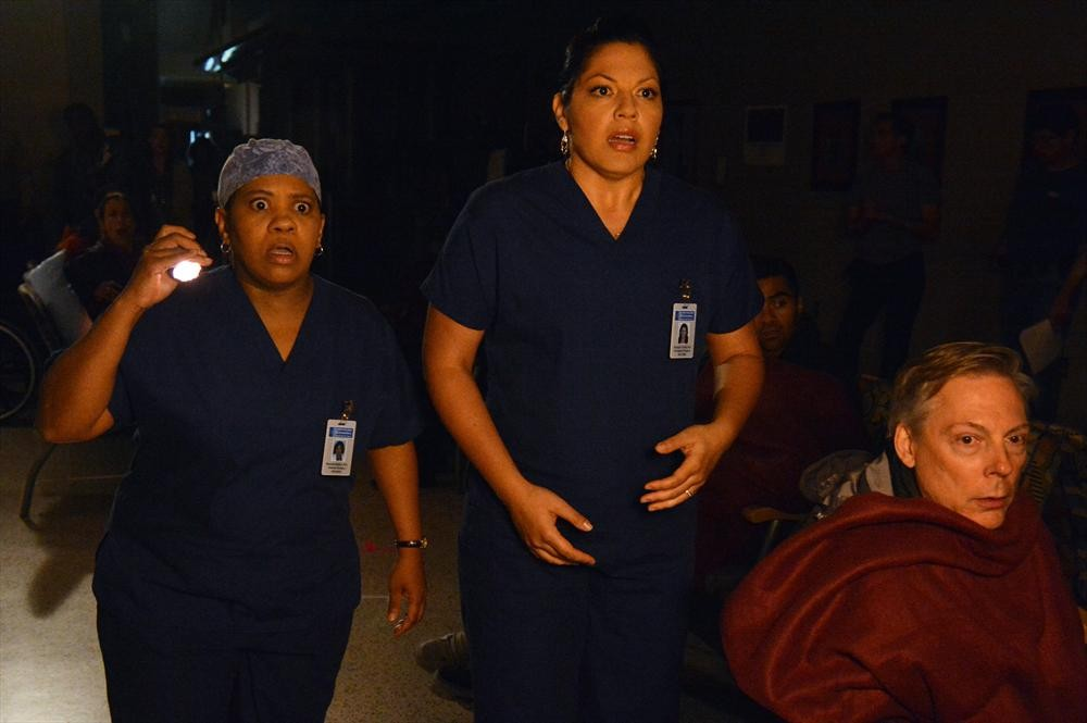 Grey's Anatomy Season 9 Finale — As Told By GIFs!